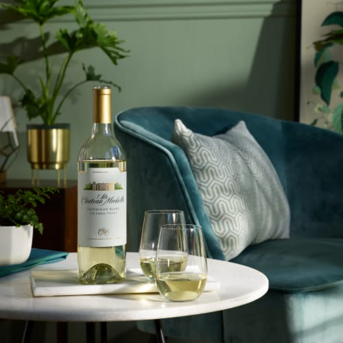 Chateau Ste Michelle Sauvignon Blanc White Wine Perspective: right