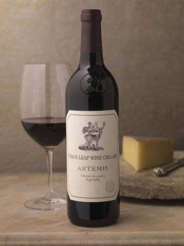 Stag's Leap Artemis Cabernet Sauvignon Red Wine Perspective: right
