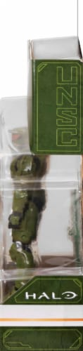 HALO Master Chief with Assault Rifle Figurine Perspective: right