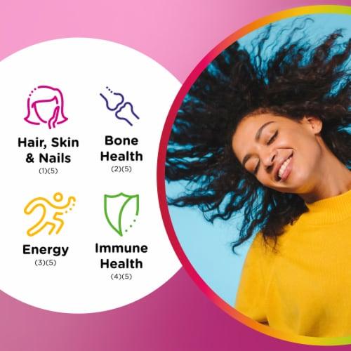 Centrum Health & Beauty Multigummies Perspective: right