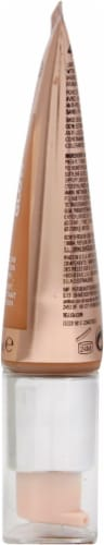 Revlon Photo Ready Candid Moist Glow 440 Caramel Foundation Perspective: right