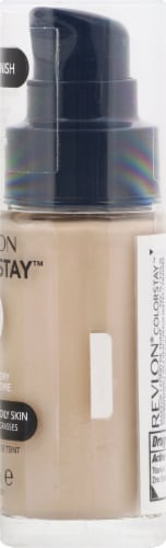Revlon Colorstay Combo/Oily Skin Ivory Makeup Perspective: right