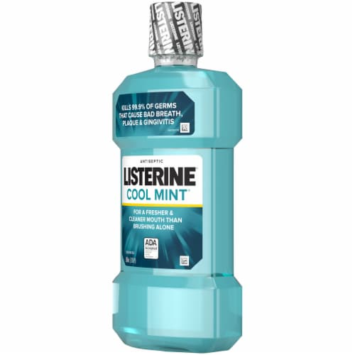 Listerine Cool Mint Antiseptic Mouthwash Perspective: right