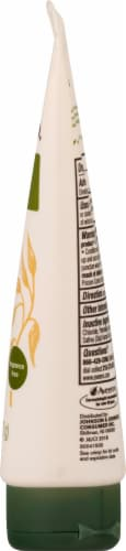 Aveeno Soothing Oatmeal Daily Moisturizing Lotion Perspective: right