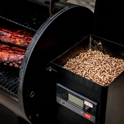 Bear Mountain BBQ All Natural Bourbon Craft Blend Wood Smoker Pellets, 20 Pounds Perspective: right