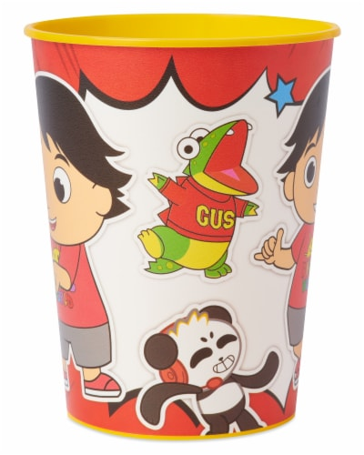 American Greetings Ryan's World Plastic Party Cups Perspective: right