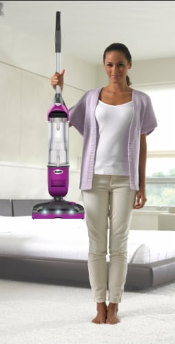 Shark® Rotator Freestyle Pro Vacuum Perspective: right