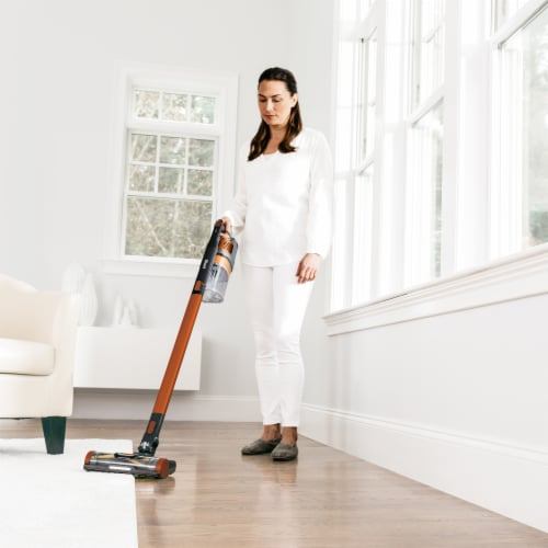 Shark® Impact Pro Cordless Vacuum with Zero-M Perspective: right
