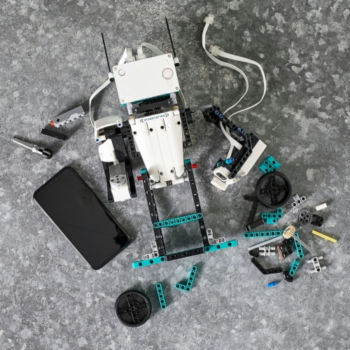 LEGO® Mindstorms Robot Inventor Perspective: right