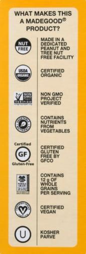 MadeGood Organic Chocolate Banana Granola Minis Pouches Perspective: right