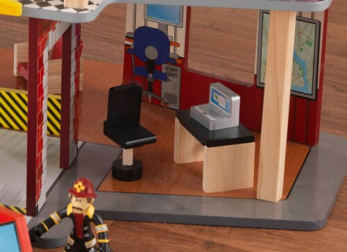 KidKraft Deluxe Fire Rescue Set Perspective: right