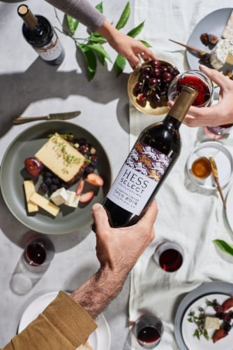Hess Select Treo Winemaker's Red Blend Wine Perspective: right