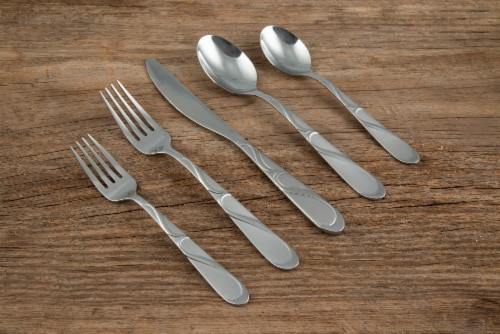 Cambridge Silversmiths Timberbrook Sand Flatware Set Perspective: right