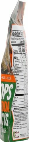 Made in Nature Broccoli Chedda Super Snacks Perspective: right