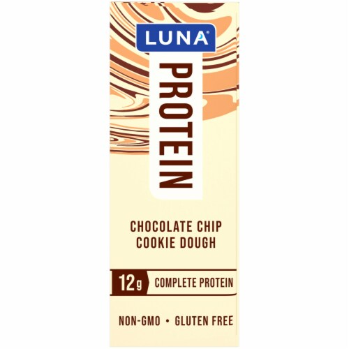 Luna Chocolate Chip Cookie Dough Protein Bar Perspective: right