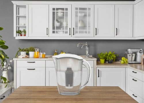 2 Drinkpod  Alkaline Water Pitchers 2.5L Capacity Includes 6 Filters Perspective: right