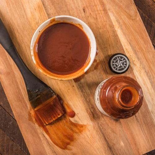 Stubb's Original Legendary Bar-B-Q Sauce Perspective: right