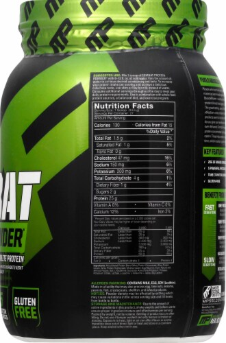 Muscle Pharm  Combat Protein Powder®   Vanilla Perspective: right