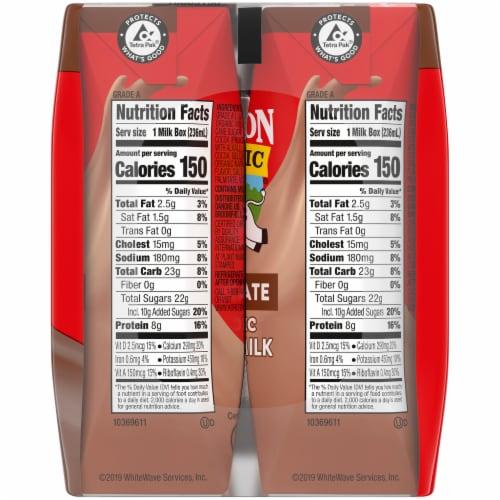Horizon Organic 1% Chocolate Lowfat Milk Perspective: right