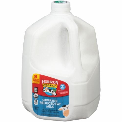 Horizon Organic 2% Reduced Fat Milk Perspective: right