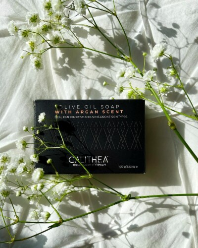 Calithea 100% Natural Olive Oil Soap 3 Pack Pure Organic Bath Body + FREE Extra Soap Perspective: right