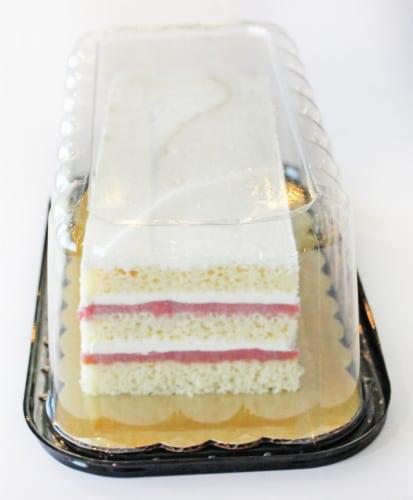 Bakery Strawberry Shortcake Perspective: right