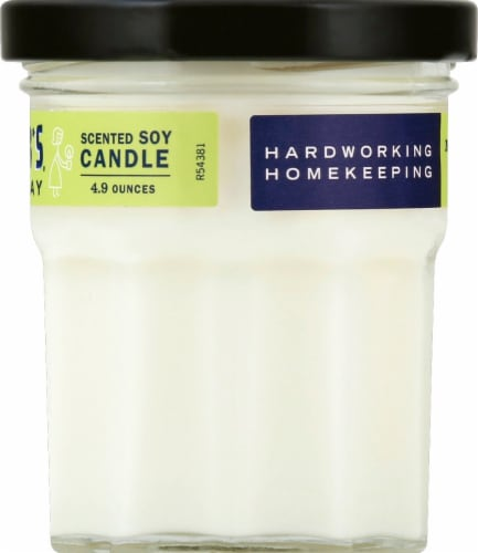 Mrs. Meyer's Verbena Soy Scented Candle - Lemon Perspective: right