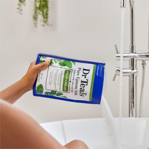Dr Teal's Eucalyptus & Spearmint Pure Epsom Salt Bath Soak Perspective: right