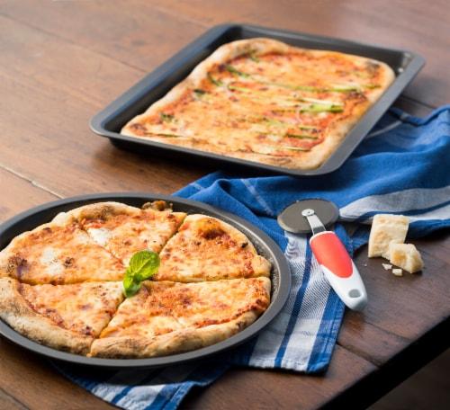 Ballarini cookin'Italy Pizza Pan Set Perspective: right