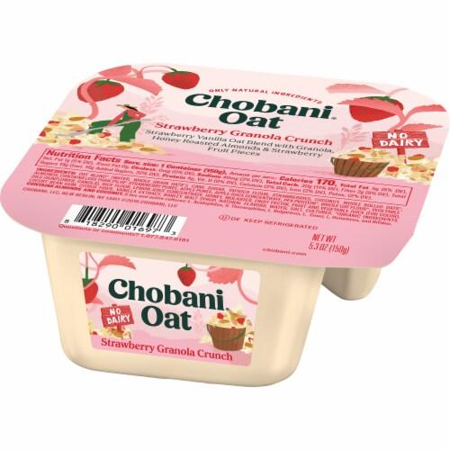 Chobani Strawberry Granola Crunch Oat Blend Perspective: right