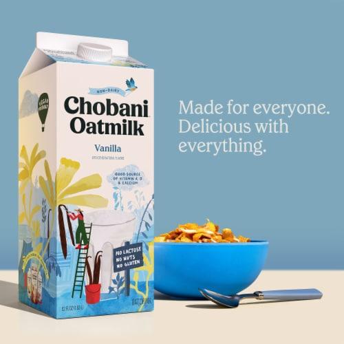 Chobani Zero Sugar Plain Oat Milk Perspective: right