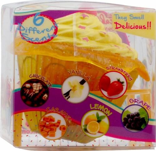 Mini Cupcake Surprise Mini Doll Perspective: right