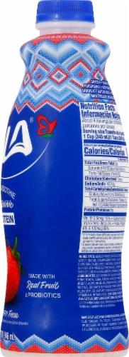 LaLa Wild Strawberry Probiotic Yogurt Smoothie Perspective: right