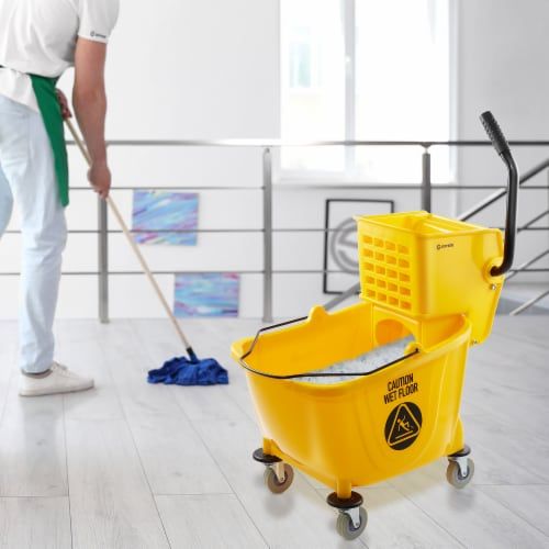 Dryser Commercial Mop Bucket Perspective: right