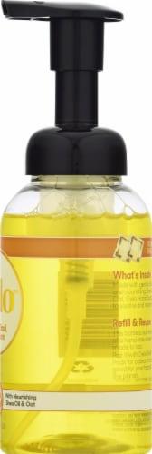 Gelo Lemon Basil & Geranium Foaming Hand Soap Perspective: right