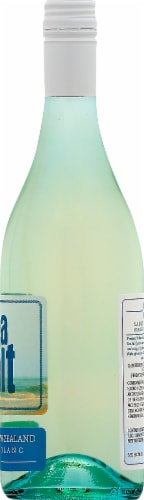 Sea Salt Sauvignon Blanc Sparkling Wine Perspective: right