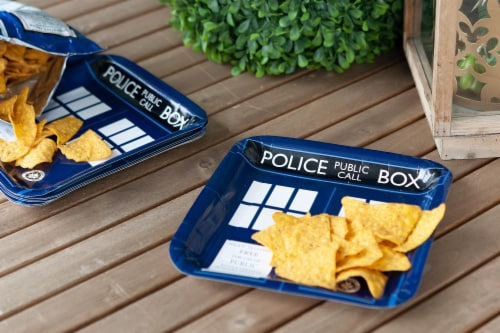 "Doctor Who 9"" TARDIS Square Paper Plates, Set of 8 Perspective: right"