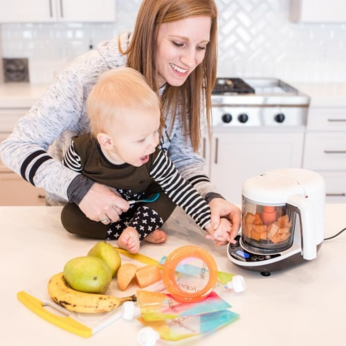 Baby Brezza Food Maker Perspective: right