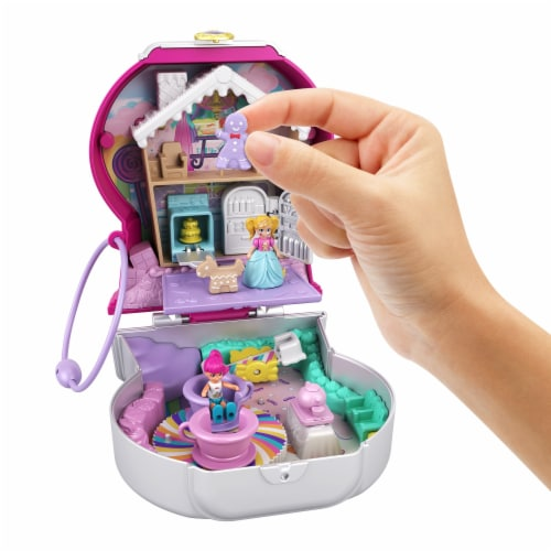 Mattel® Polly Pocket™ Candy Cutie Gumball Compact Playset Perspective: right