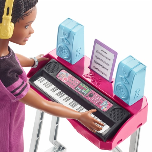 Mattel Barbie® Big City Big Dreams Doll and Playset Perspective: right