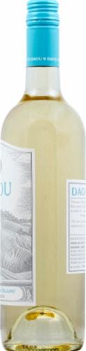 Daou Vineyards Sauvignon Blanc Perspective: right