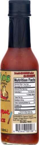 Gilberto's Gourmet Goodness Zesty Cayenne Hot Sauce Perspective: right