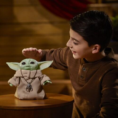 Hasbro Star Wars The Mandalorian The Child Animatronic Figure Perspective: right