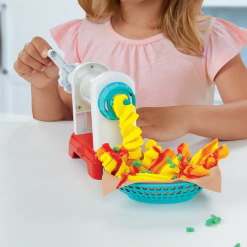 Play-Doh Kitchen Creations Spiral Fries Playset Perspective: right