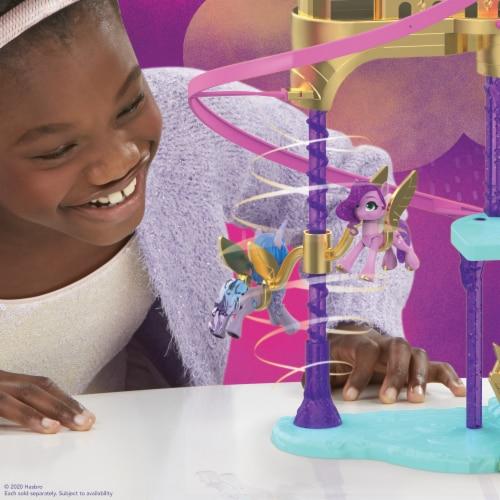 Hasbro My Little Pony: A New Generation Princess Petals & Cloud Puff Royal Racing Ziplines Playset Perspective: right