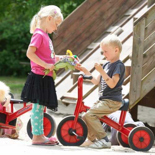 Winther Medium Viking Tricycle - Red Perspective: right
