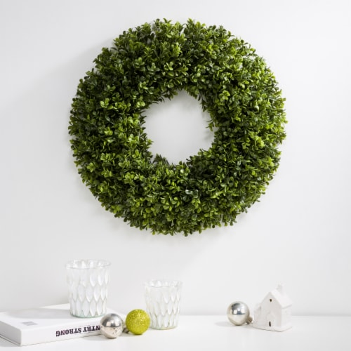 Glitzhome Spring and Summer Artificial Greenery Boxwood Wreath Perspective: right