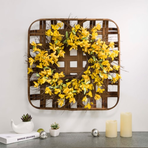Glitzhome Bamboo Tobacco Basket With Artificial Winter Jasmine Wreath Perspective: right