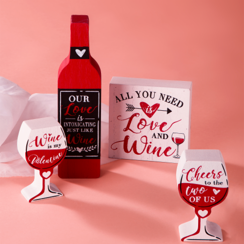Glitzhome Valentine's Day Wooden Wine and Cup Table Decoration Perspective: right