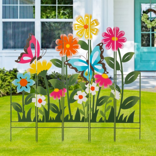 Glitzhome Metal Flowers Silhouette Yardstake Perspective: right